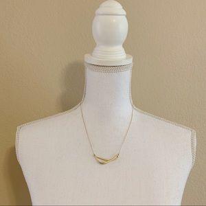 Jewelry - Goldtone Twist Necklace